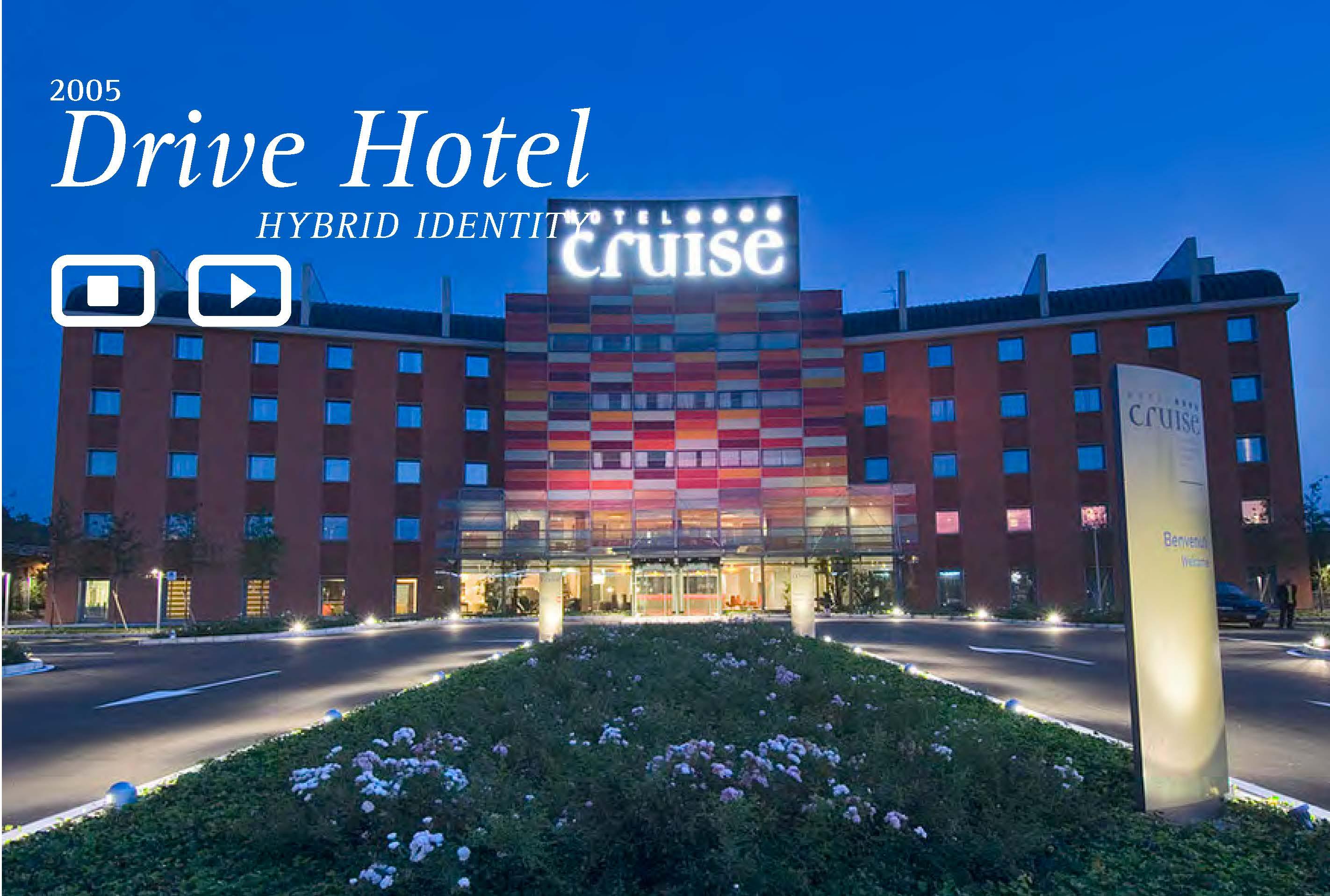 SLIDE-eng Drive Hotel (1)